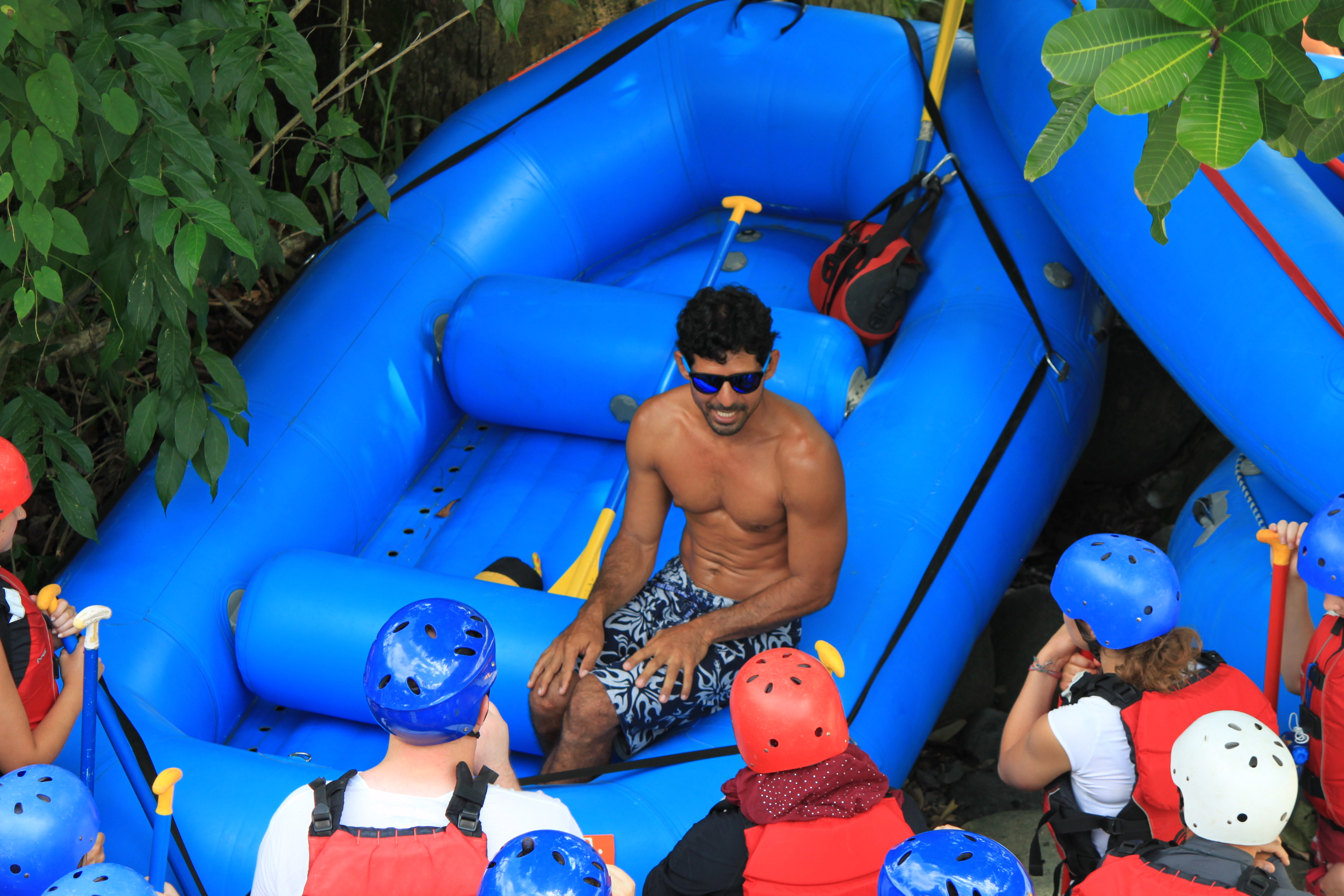 Rafting safety briefing costa rica
